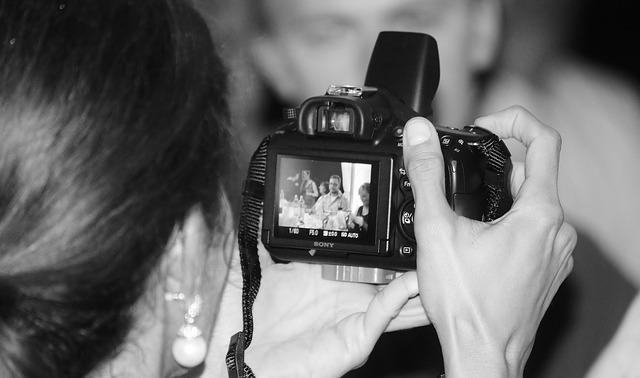 10 דברים שצריך לדעת לפני ששוכרים צלם לחתונה