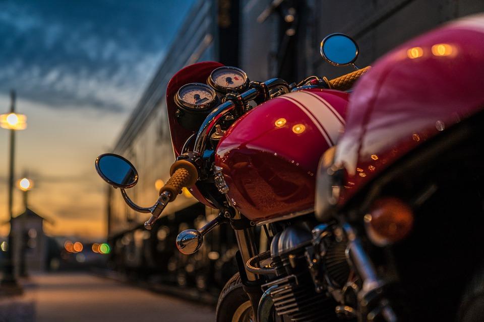 שאיבת דלק מאופנוע