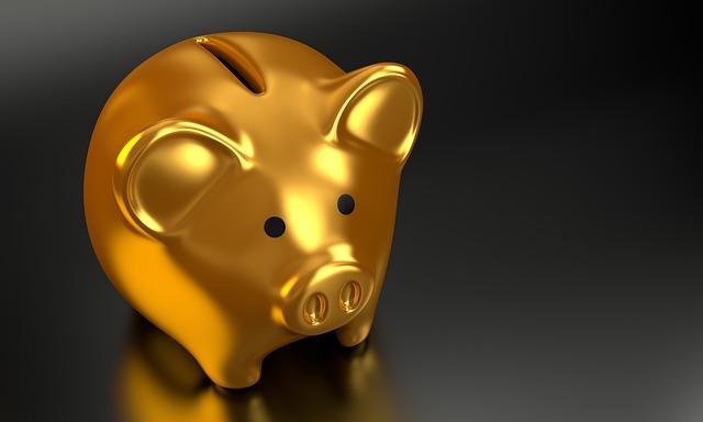 מתחילים לחסוך? 5 טיפים שיעשו לכם סדר בהוצאות